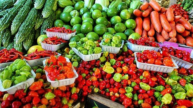 local vs. organic produce