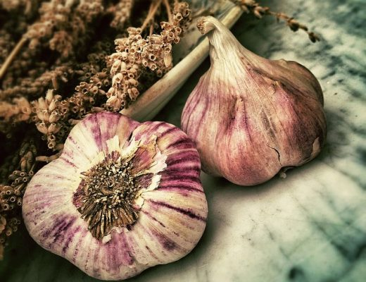 How To Eat Raw Garlic