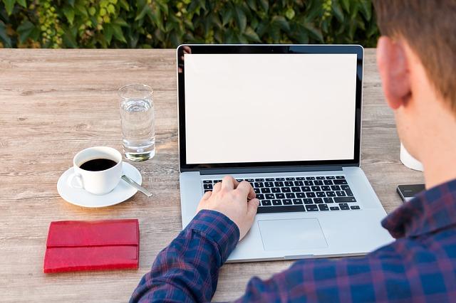 Why Outdoor Workspaces Work