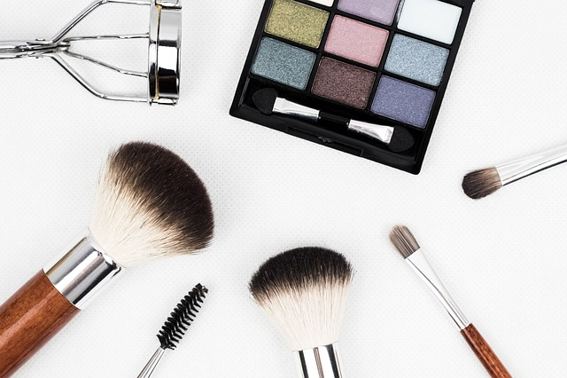 How To Change Your Fall And Winter Makeup Routine