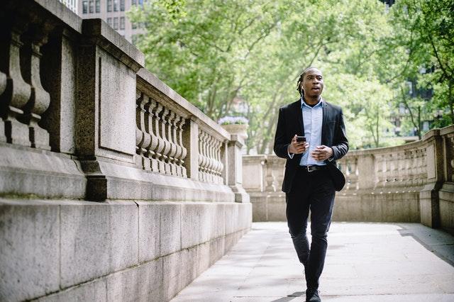 6 Anxious Habits