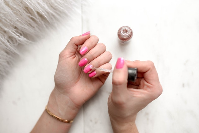 How To Keep Your Fingernails Healthy And Strong
